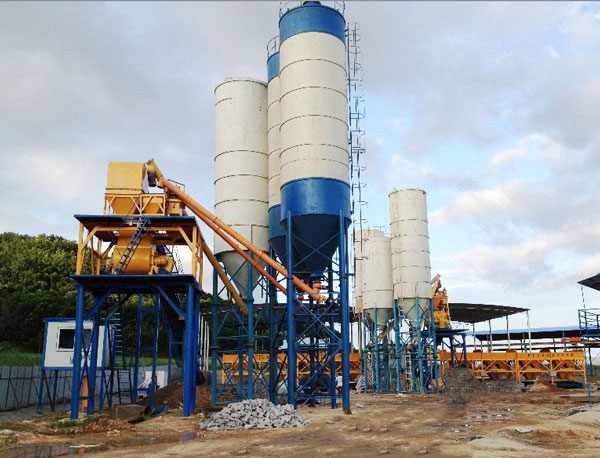 concrete batching plant with silo
